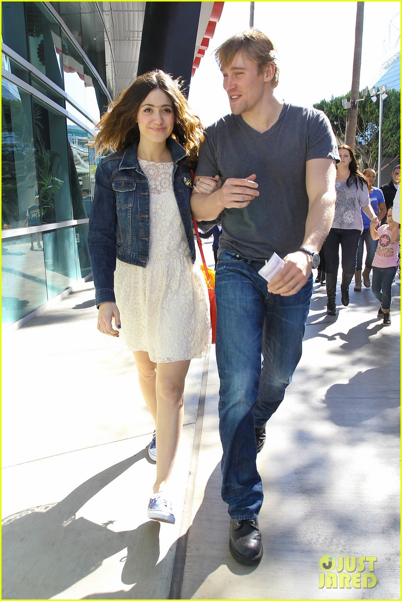 emmy rossum tyler jacob moore lakers game kiss 07