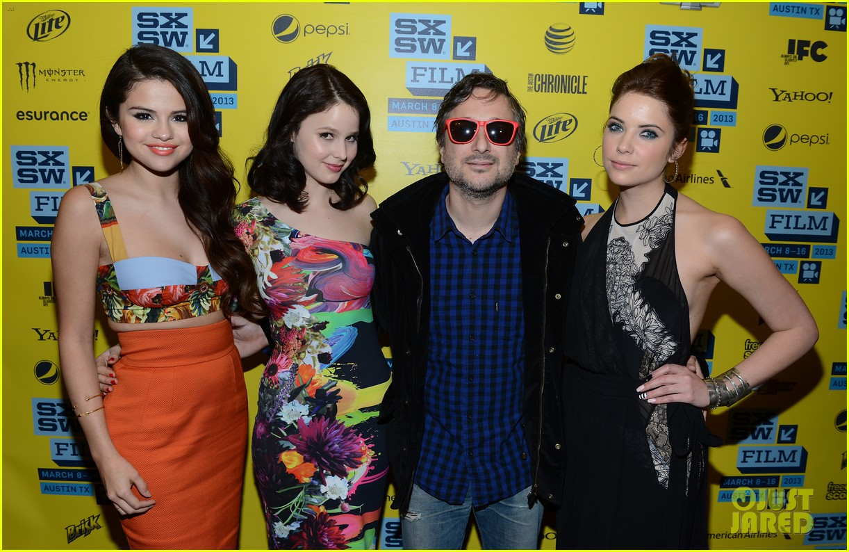selena gomez ashley benson spring breakers sxsw premiere 23