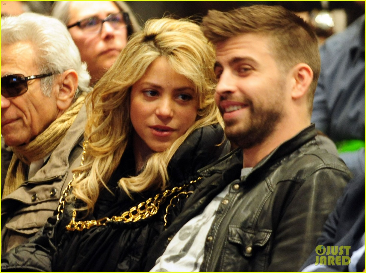 shakira gerard pique fantasme book launch 132830985