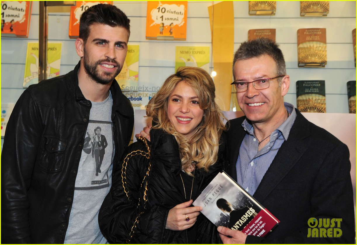 shakira gerard pique fantasme book launch 152830987