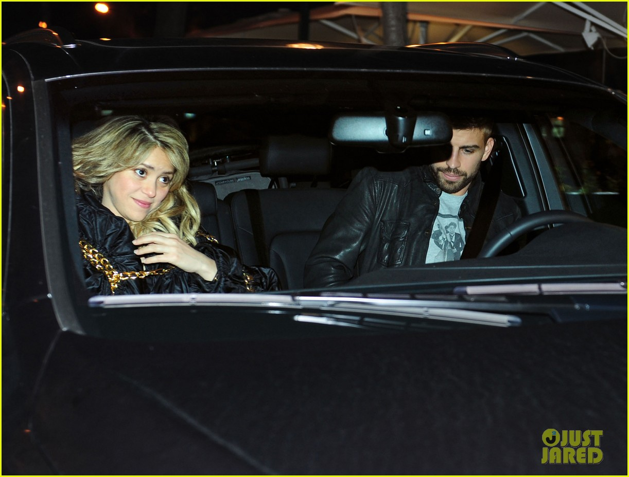 shakira gerard pique fantasme book launch 19