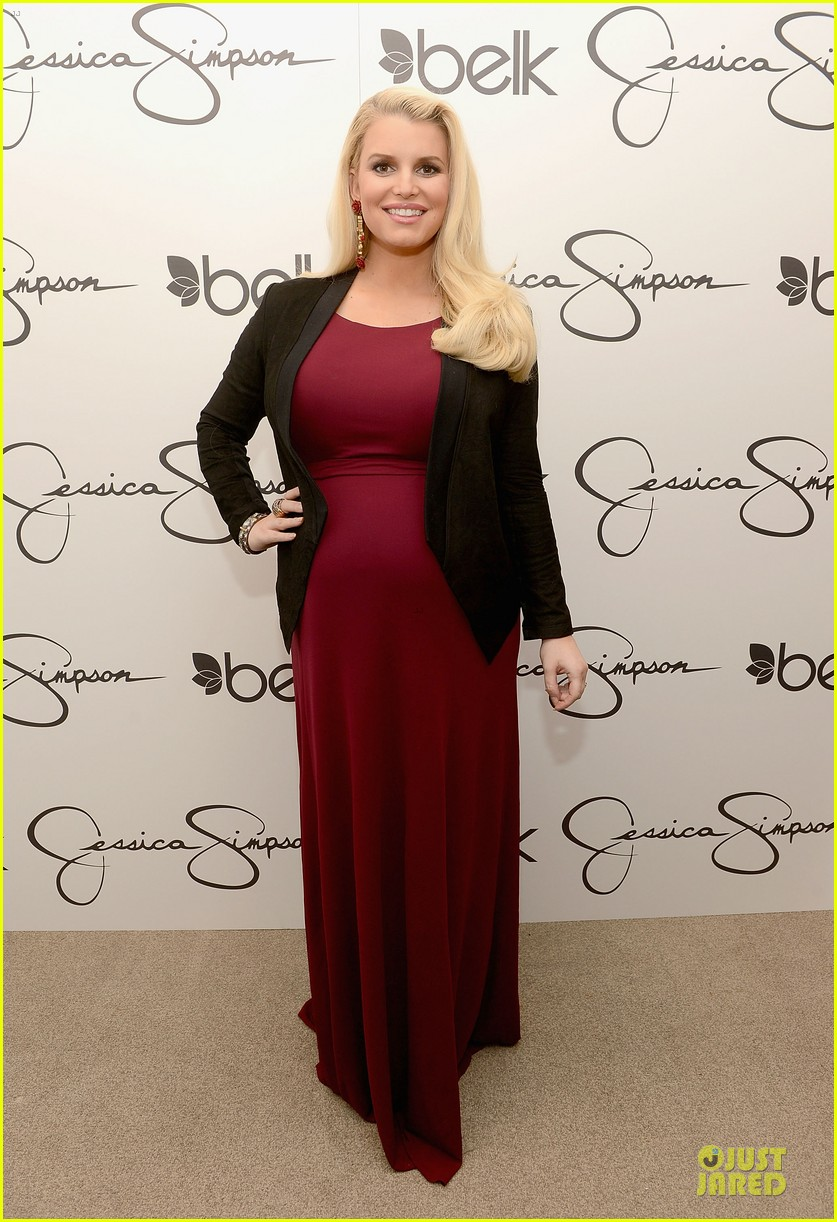 jessica ashlee simpson pelk southpark visit with maxwell 09
