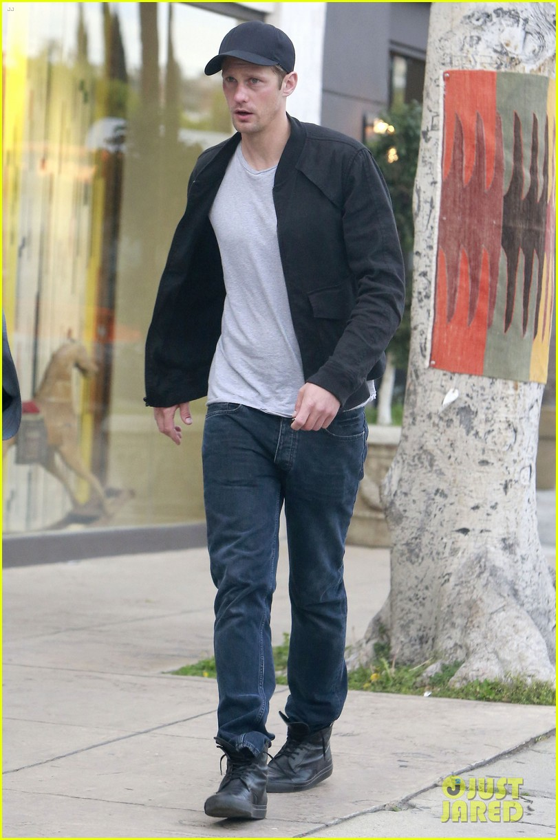 alexander skarsgard bruised eye in los angeles 10