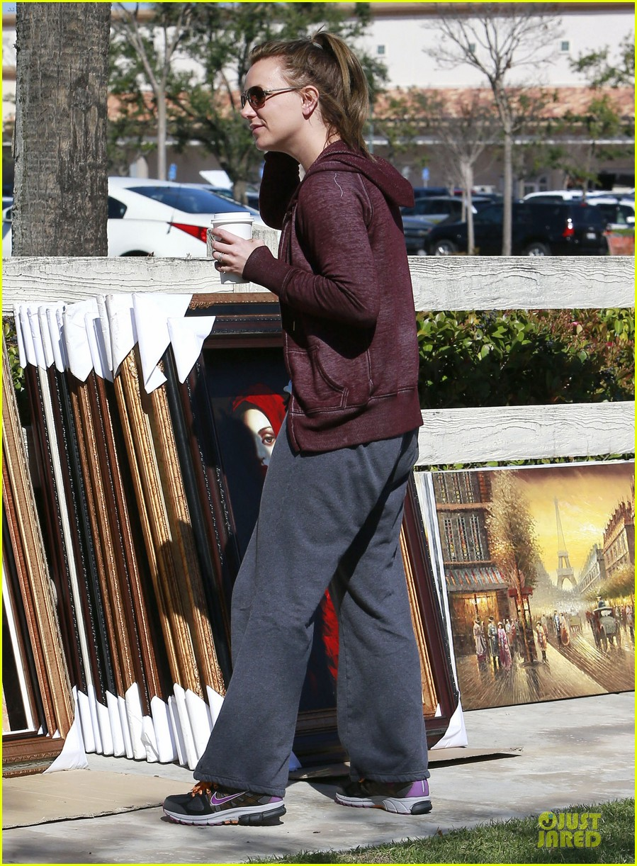 britney spears painting shopping gal 12