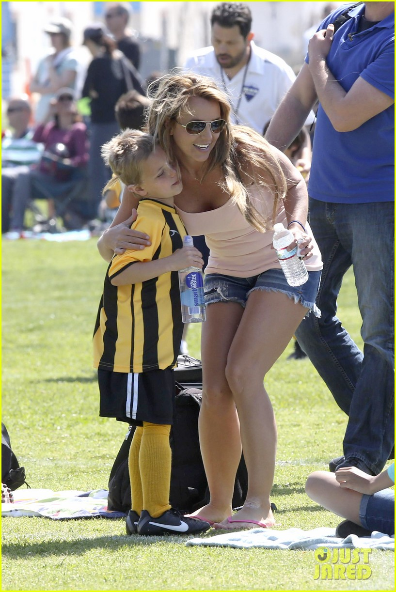 britney spears proud soccer mom 03