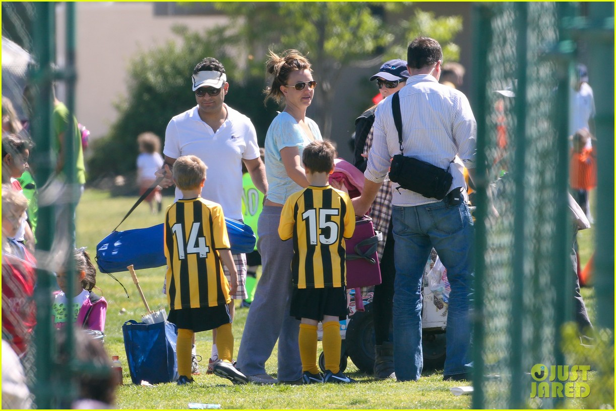 britney spears sunday soccer mom 462828513