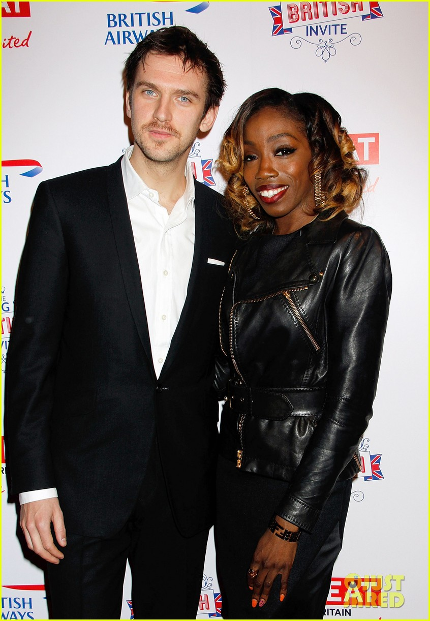 dan stevens big british invite with estelle 02