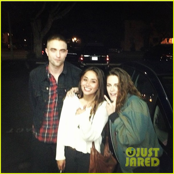 kristen stewart robert pattinson date night with a fan