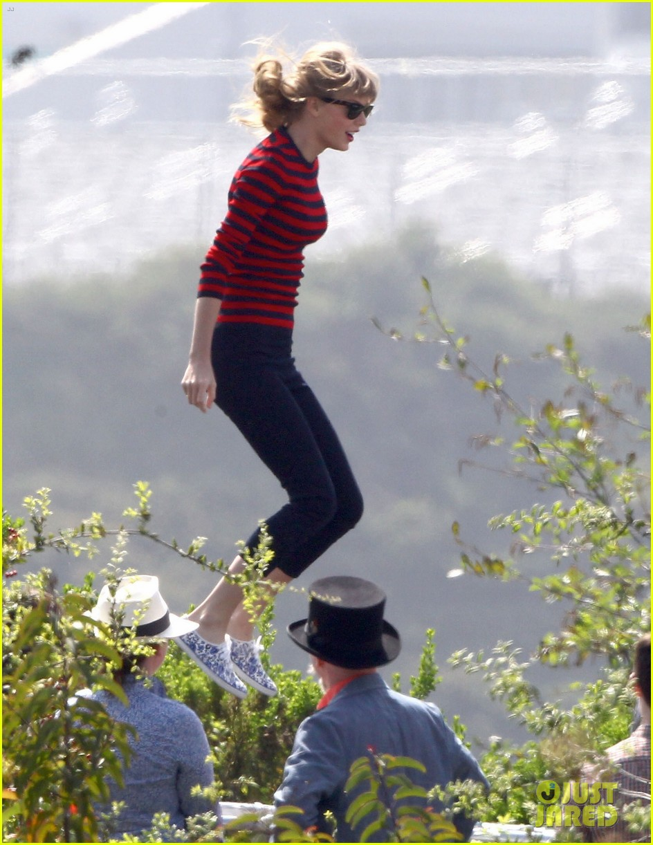 taylor swift trampoline jumper at photo shoot 12