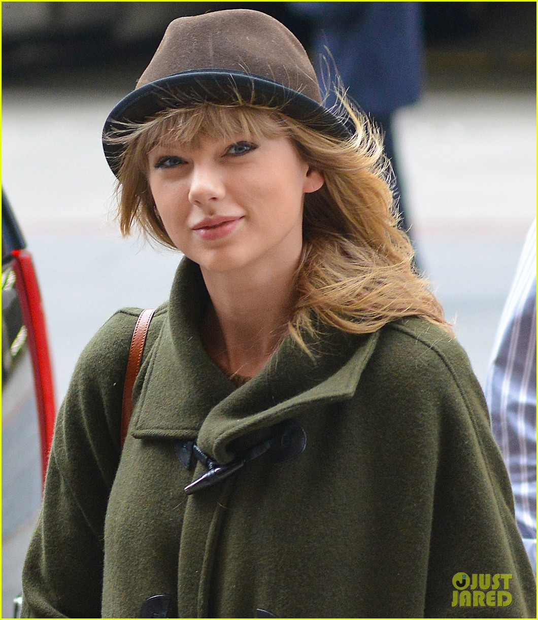 taylor swift nyc arrival for red tour 032838519