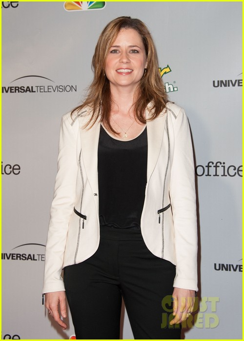john krasinski jenna fischer the office series wrap party 08