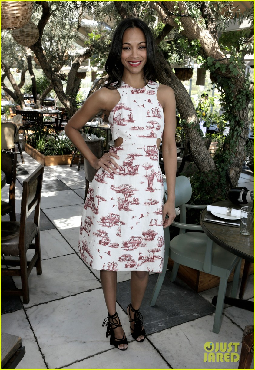 naomi watts zoe saldana stylists luncheon 042830079