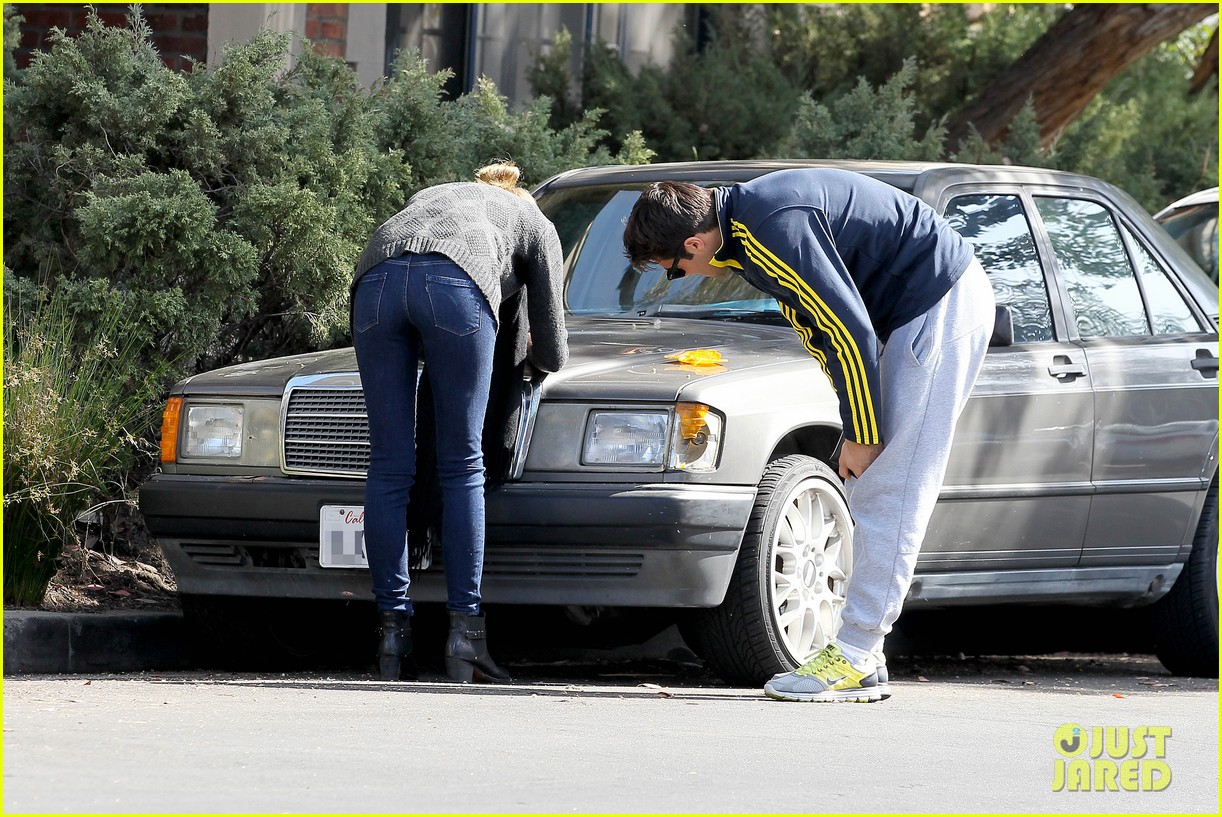 emily vancamp josh bowman fender bender blues 152835394