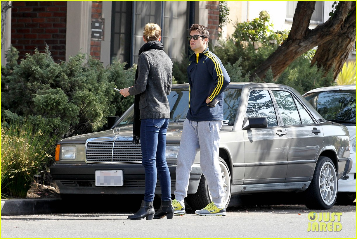 emily vancamp josh bowman fender bender blues 26
