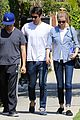 emily vancamp joshua bowman fratelli cafe couple 07