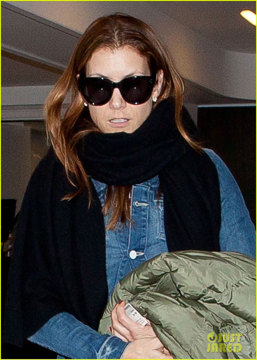 kate walsh laid back lax departure 072828055