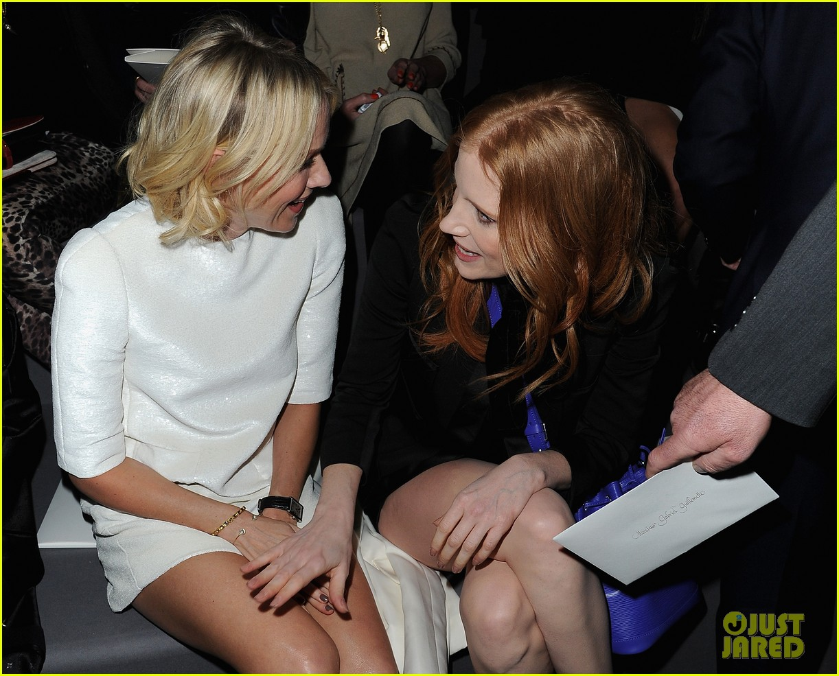 naomi watts jessica chastain louis vuitton fashion show 162825994