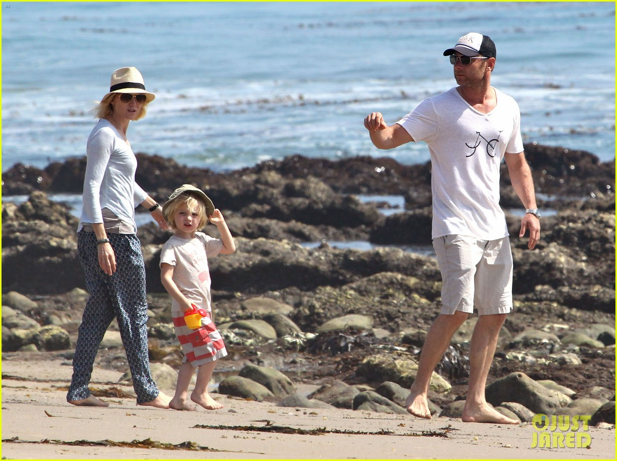 naomi watts shirtless liev schreiber family beach day 112836798