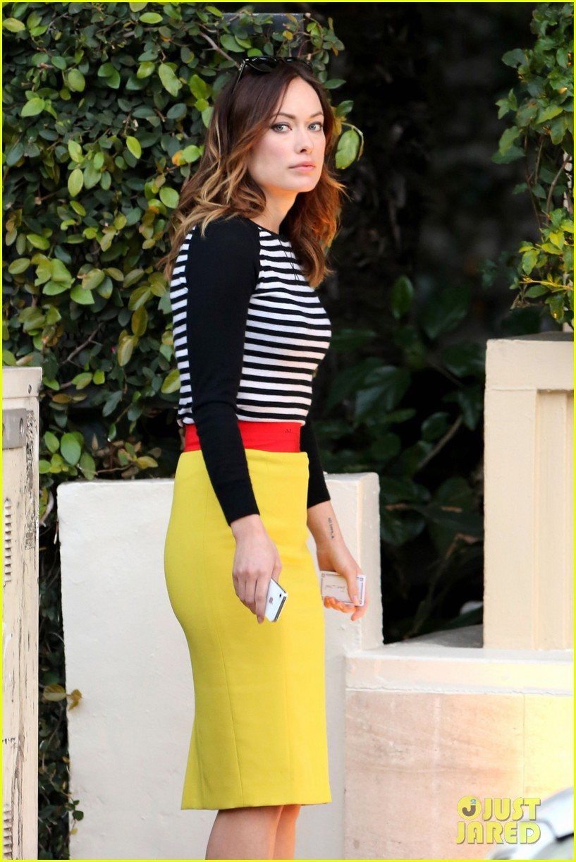 olivia wilde brightly colored beauty 02