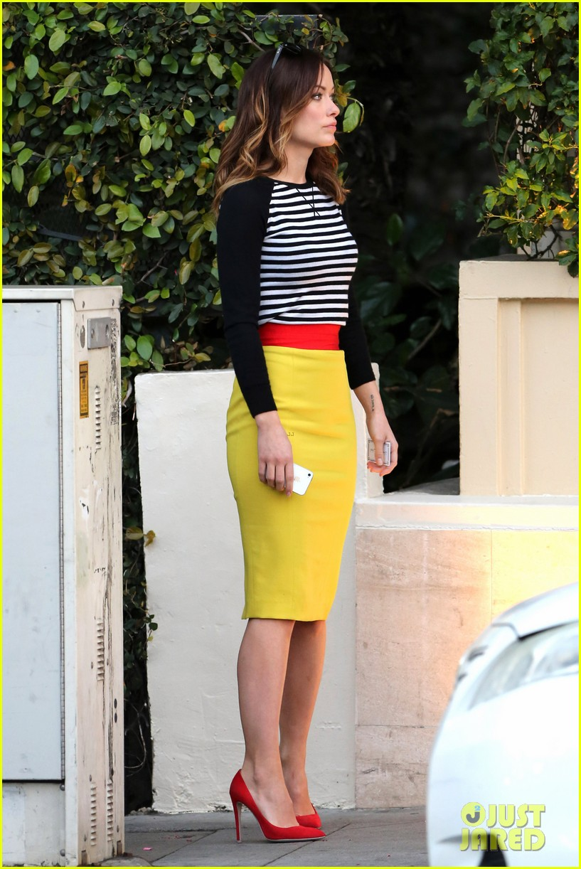 olivia wilde brightly colored beauty 08