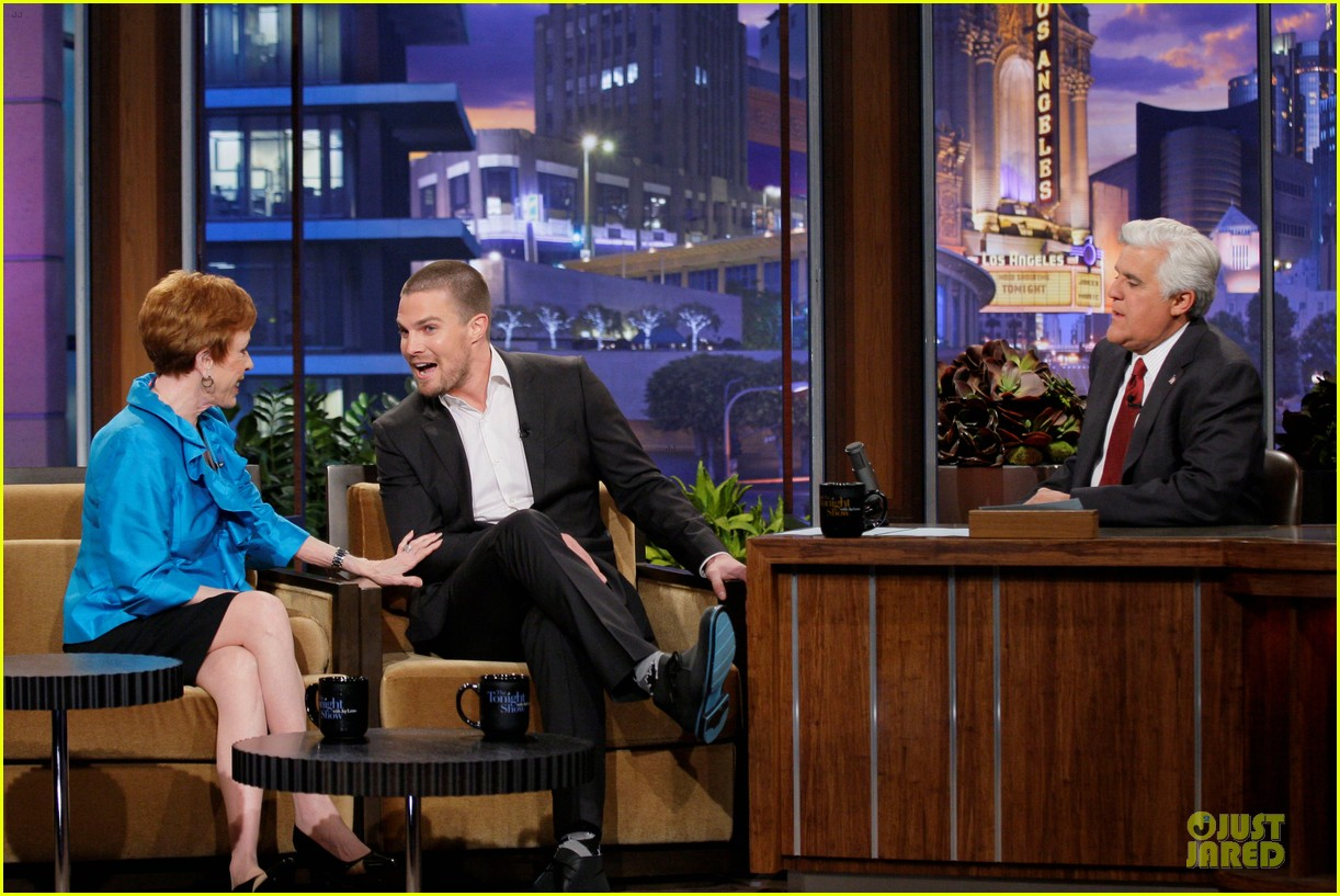 stephen amell male prostitute discussion on leno 03