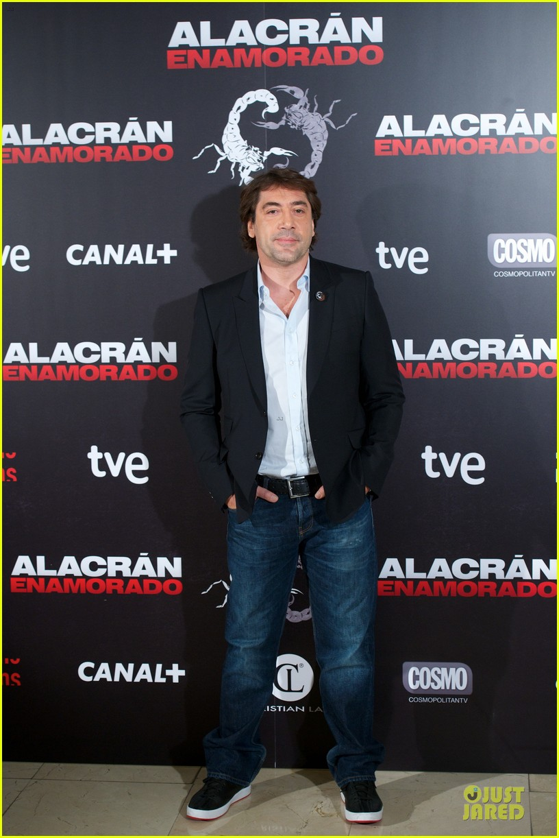 javier bardem alacran enamorado photo call with brother carlos 202846660