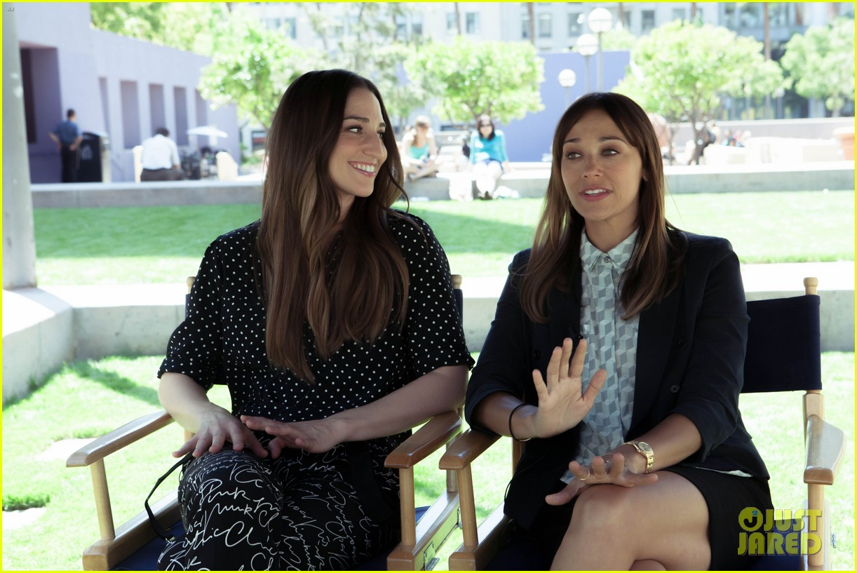 rashida jones directs sara bareilles brave video first look 012857697