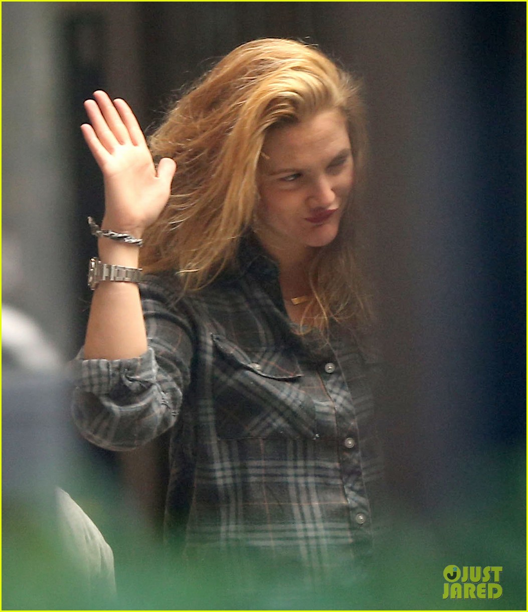 drew barrymore back to blonde 14