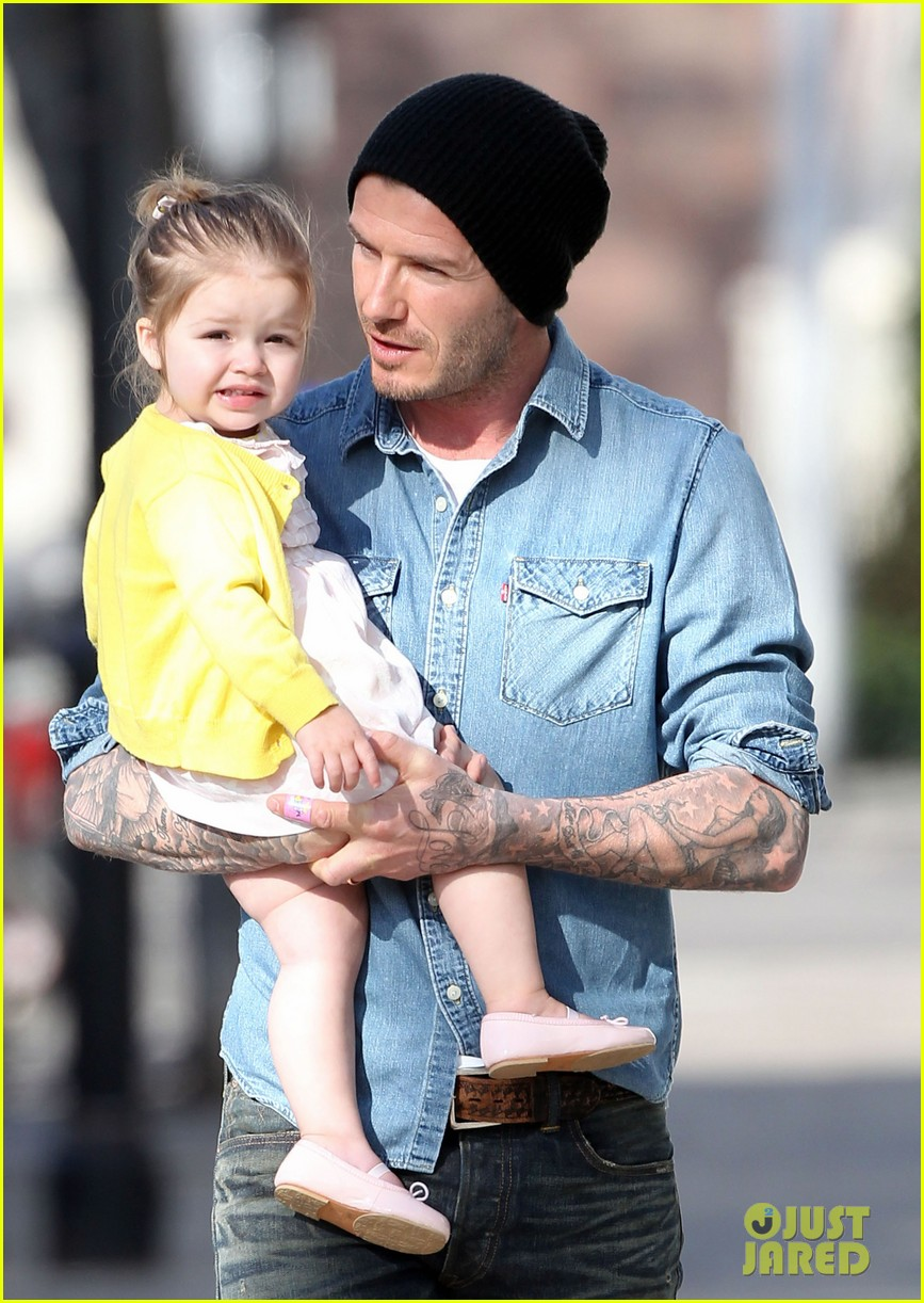 victoria david beckham day out with harper 09