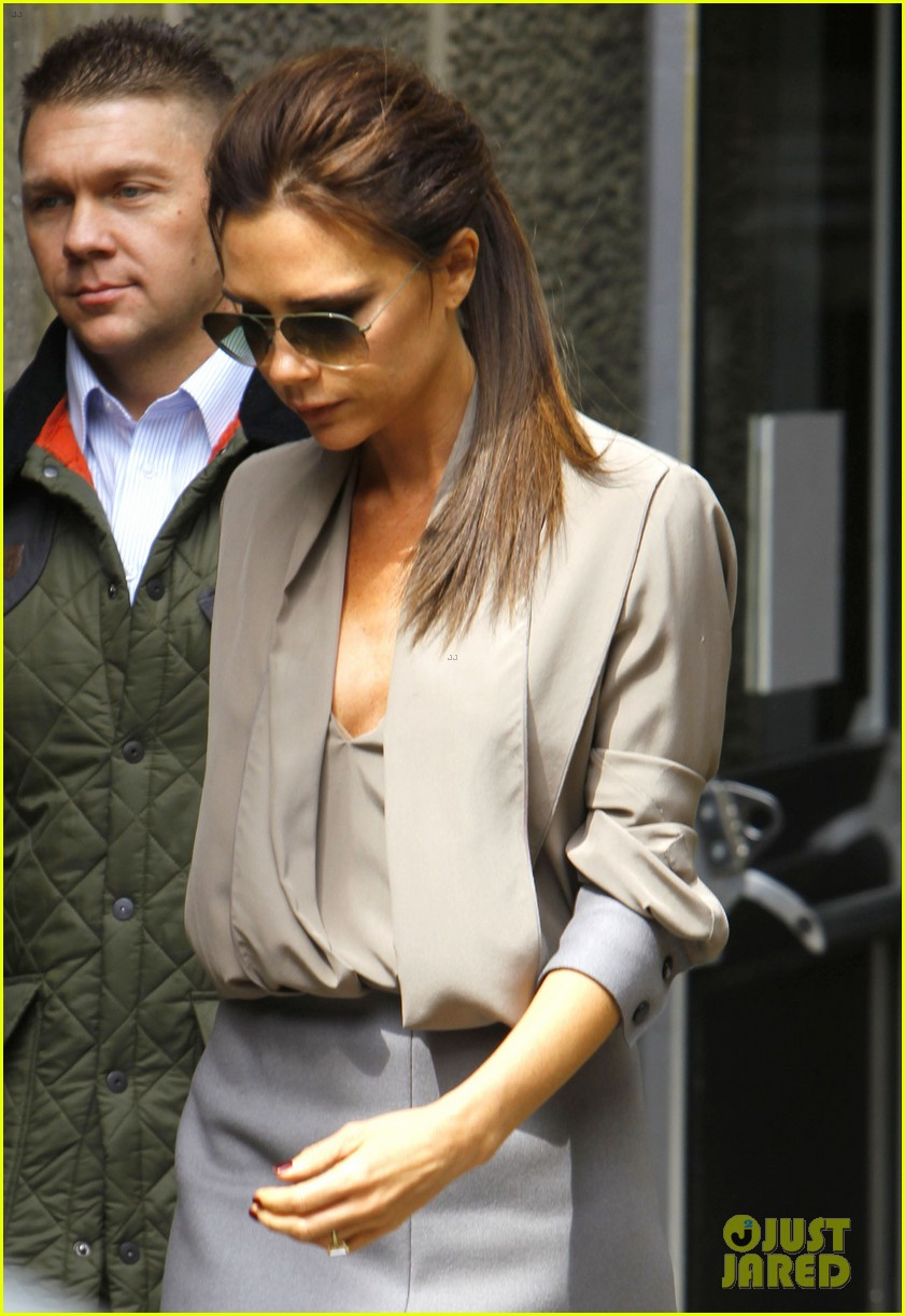 victoria david beckham separate london outings 06