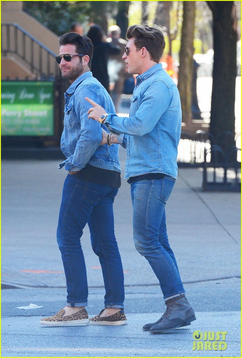 nate berkus jeremiah brent kiss kiss in new york 042852324