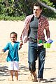 halle berry olivier martinez maui departure with nahla 03