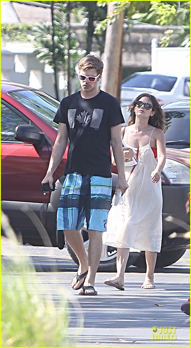 rachel bilson bikini barbados babe with shirtless hayden christensen 052851094