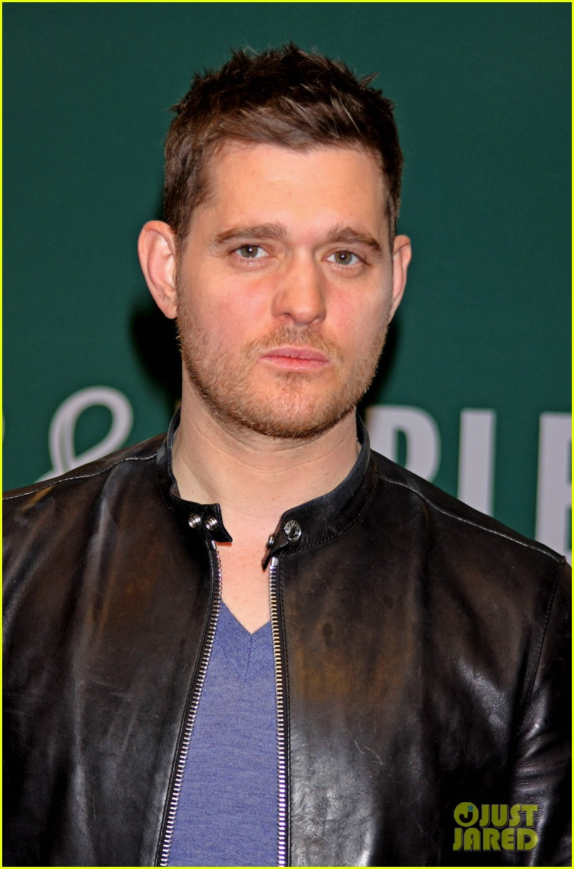 michael buble sings a capella in nyc subway watch now 072858101