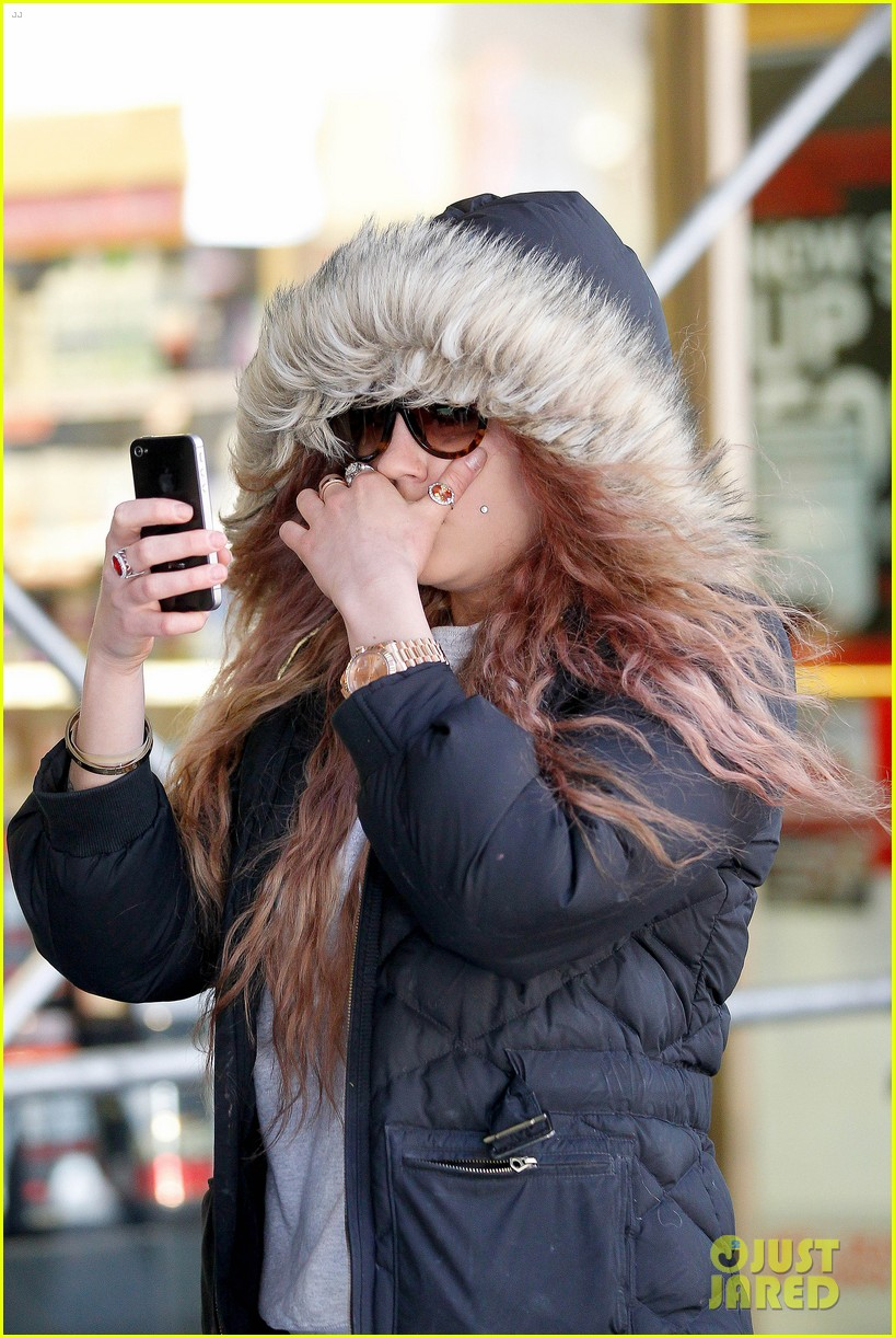 amanda bynes birthday smiles in new york city 142842806