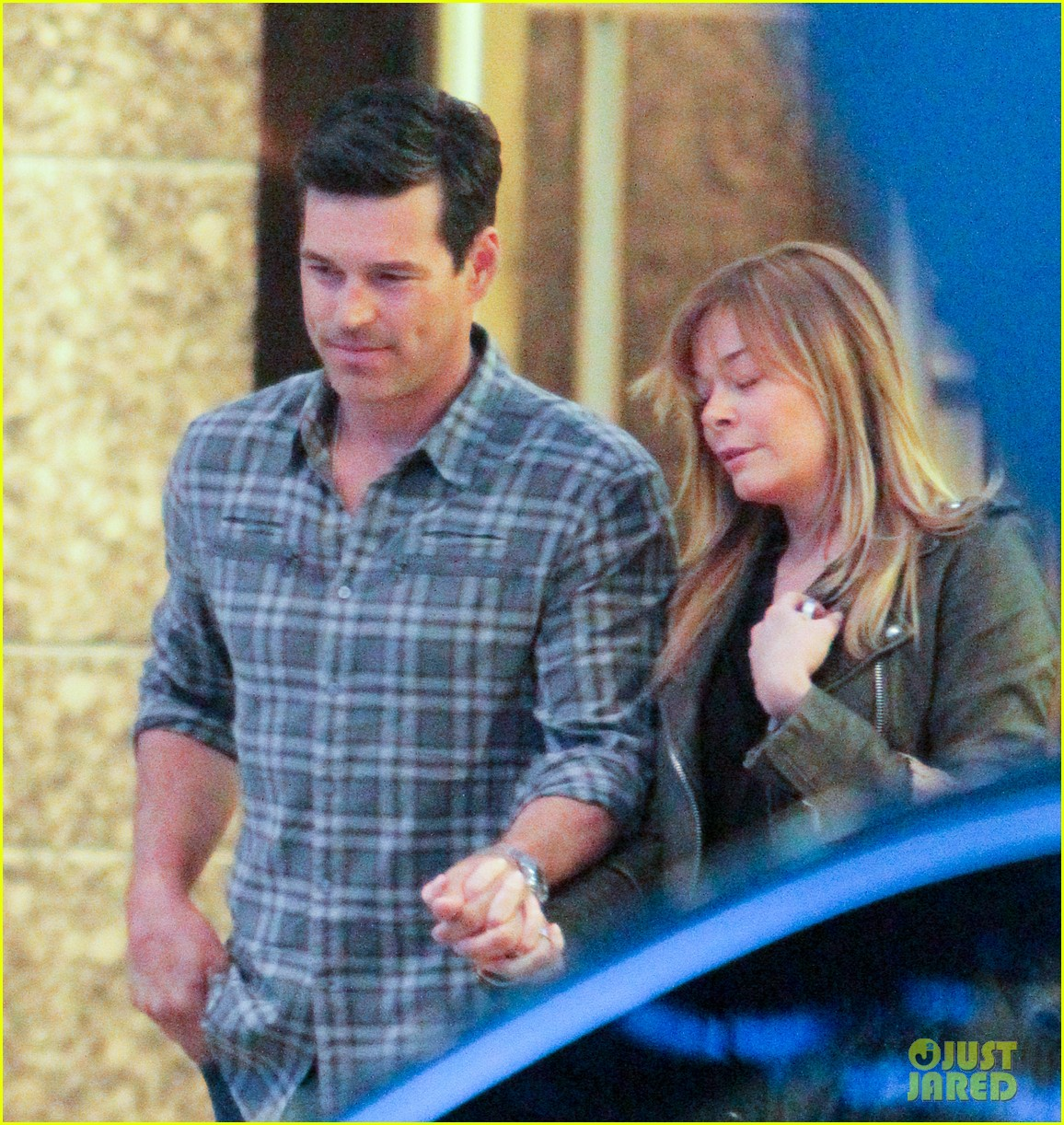 eddie cibrian leann rimes second wedding anniversary celebration 02