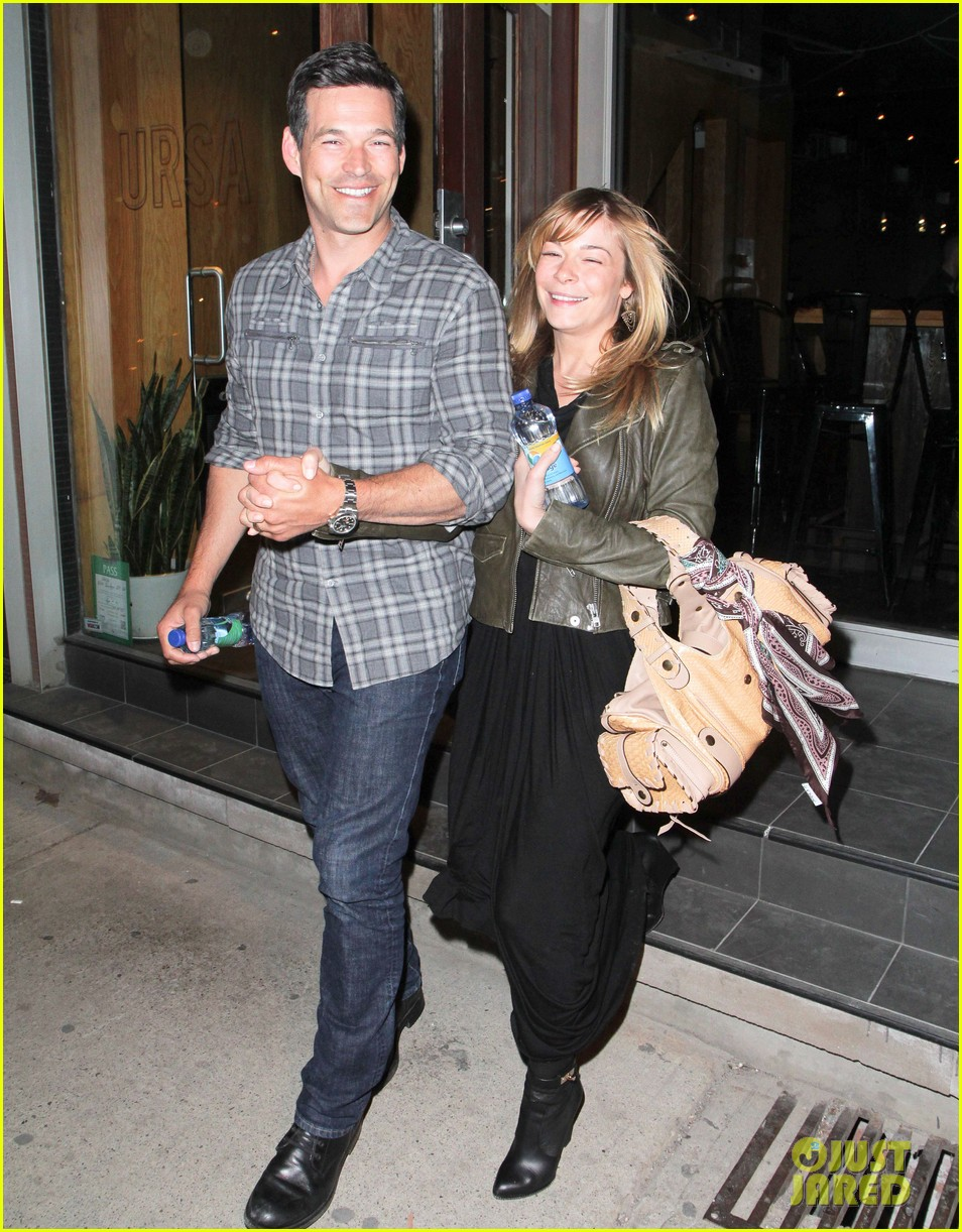 eddie cibrian leann rimes second wedding anniversary celebration 12