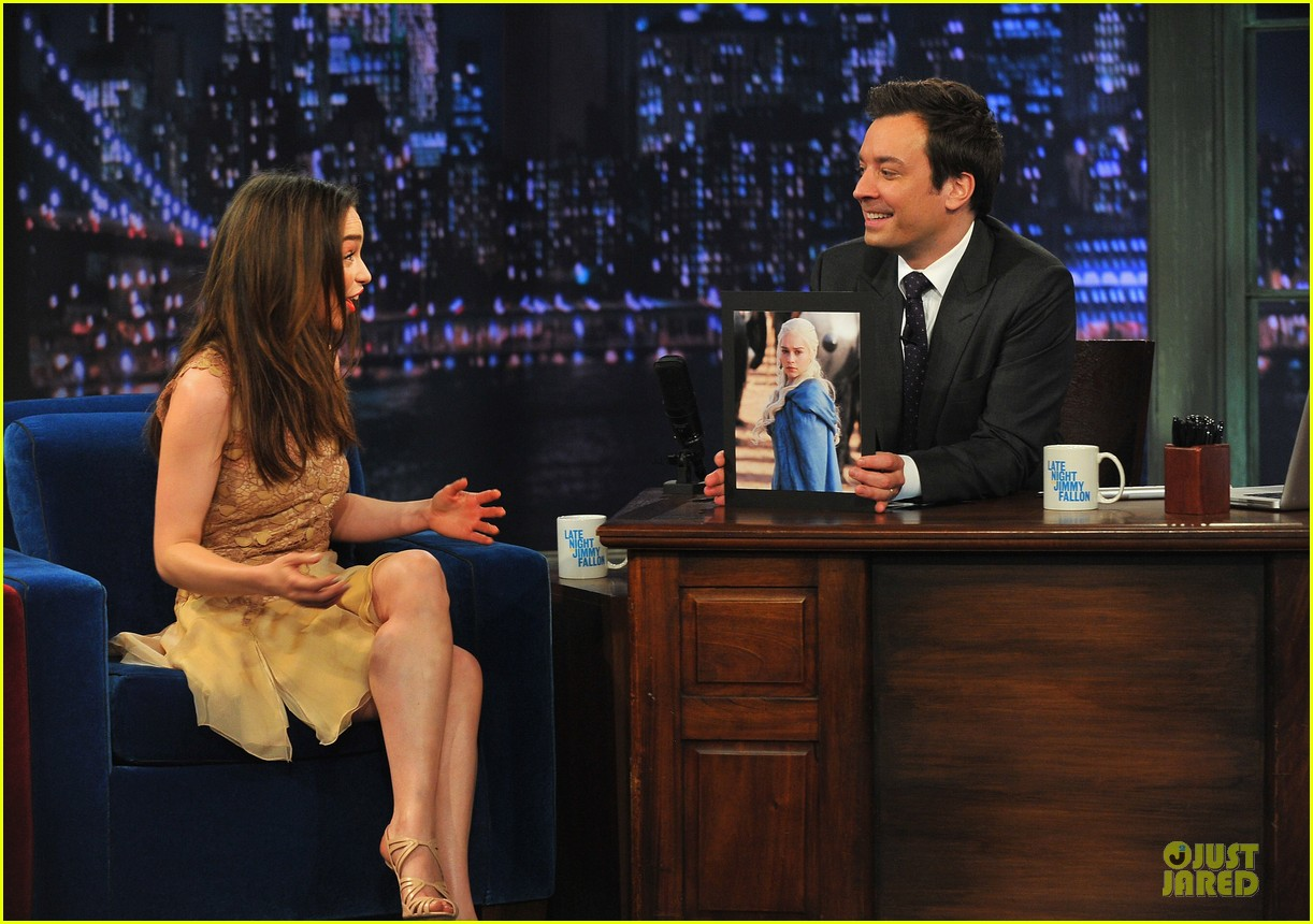 emilia clarke game of thrones promo on fallon 092841657