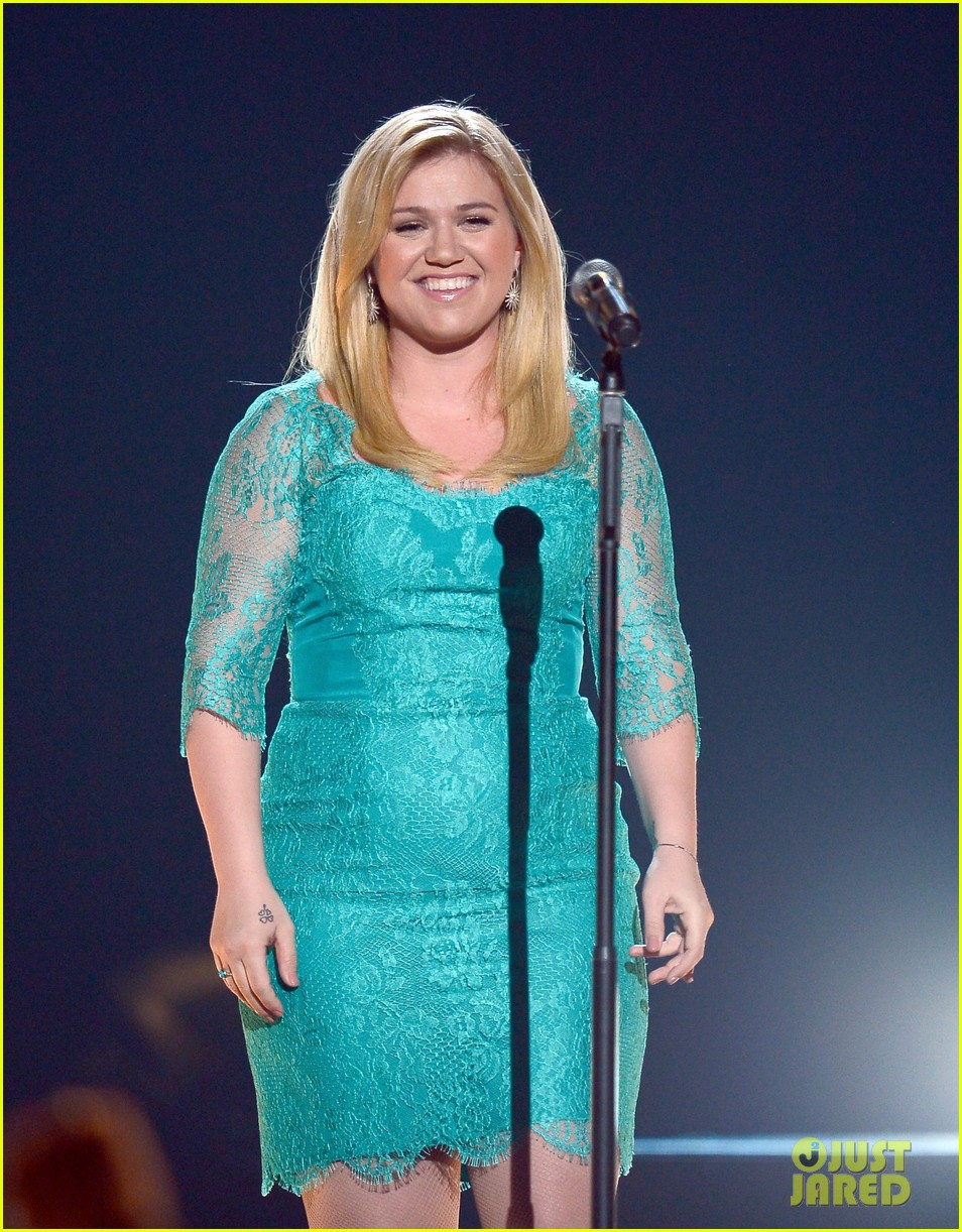 Kelly Clarkson Fat 2013 Kelly Clarkson - ACM Awards