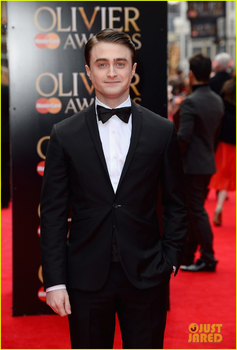 daniel radcliffe olivier awards 2013 red carpet 01