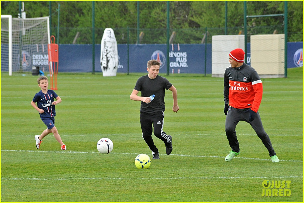david beckham soccer camp with his sons 292853827
