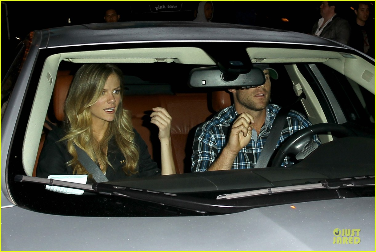brooklyn decker andy roddick friends with better lives dinner 132844269