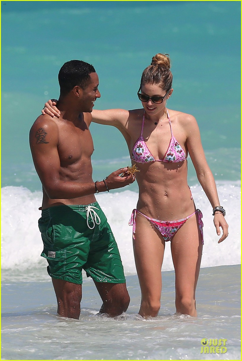 doutzen kroes bikini photo shoot with sunnery james 14