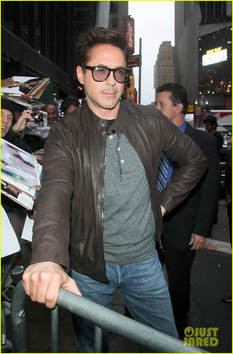 robert downey jr tobey maguire good morning america guys 06