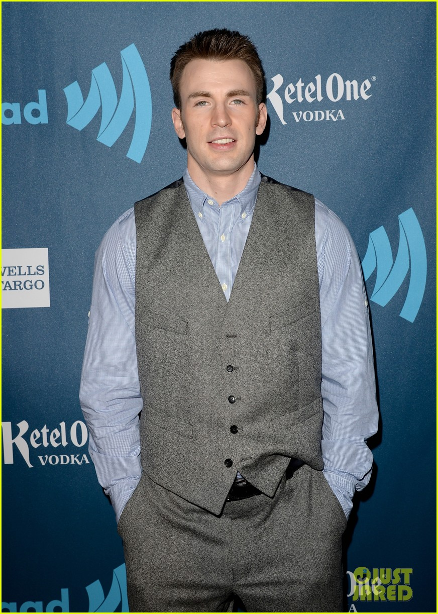 chris evans glaad media awards 2013 with brother scott 08