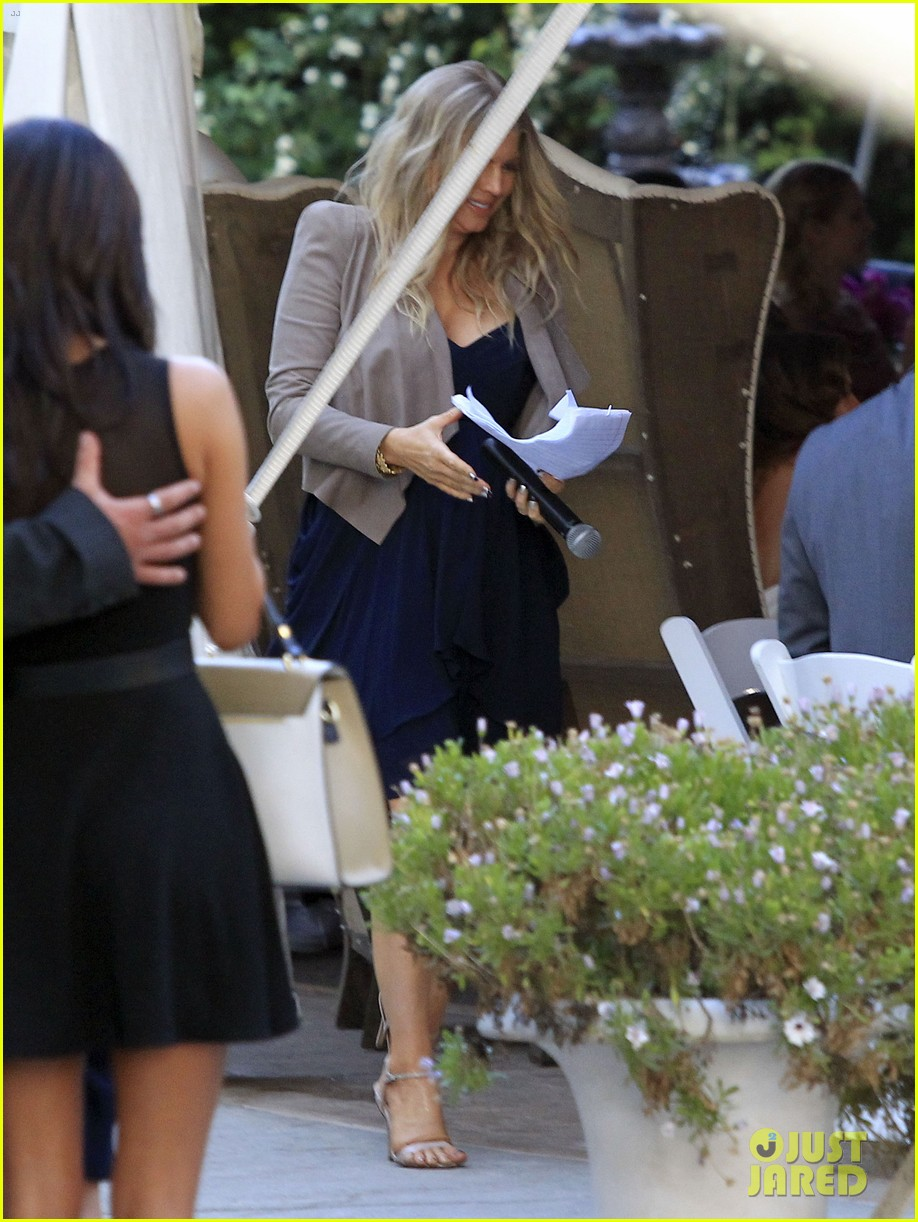 pregnant fergie sisters wedding with josh duhamel 142860125