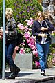 jodie foster lemonade cafe with gal pal 07