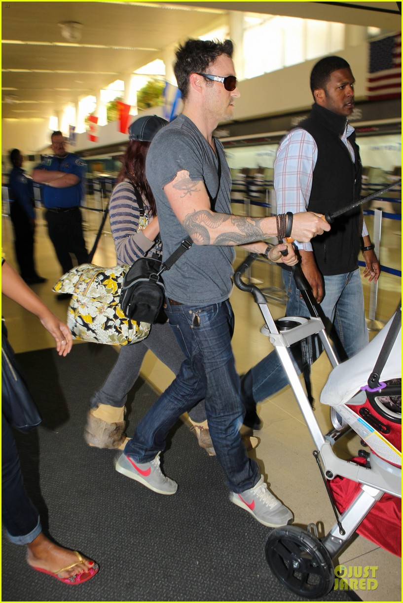 megan fox brian austin green lax departure with noah 032856047