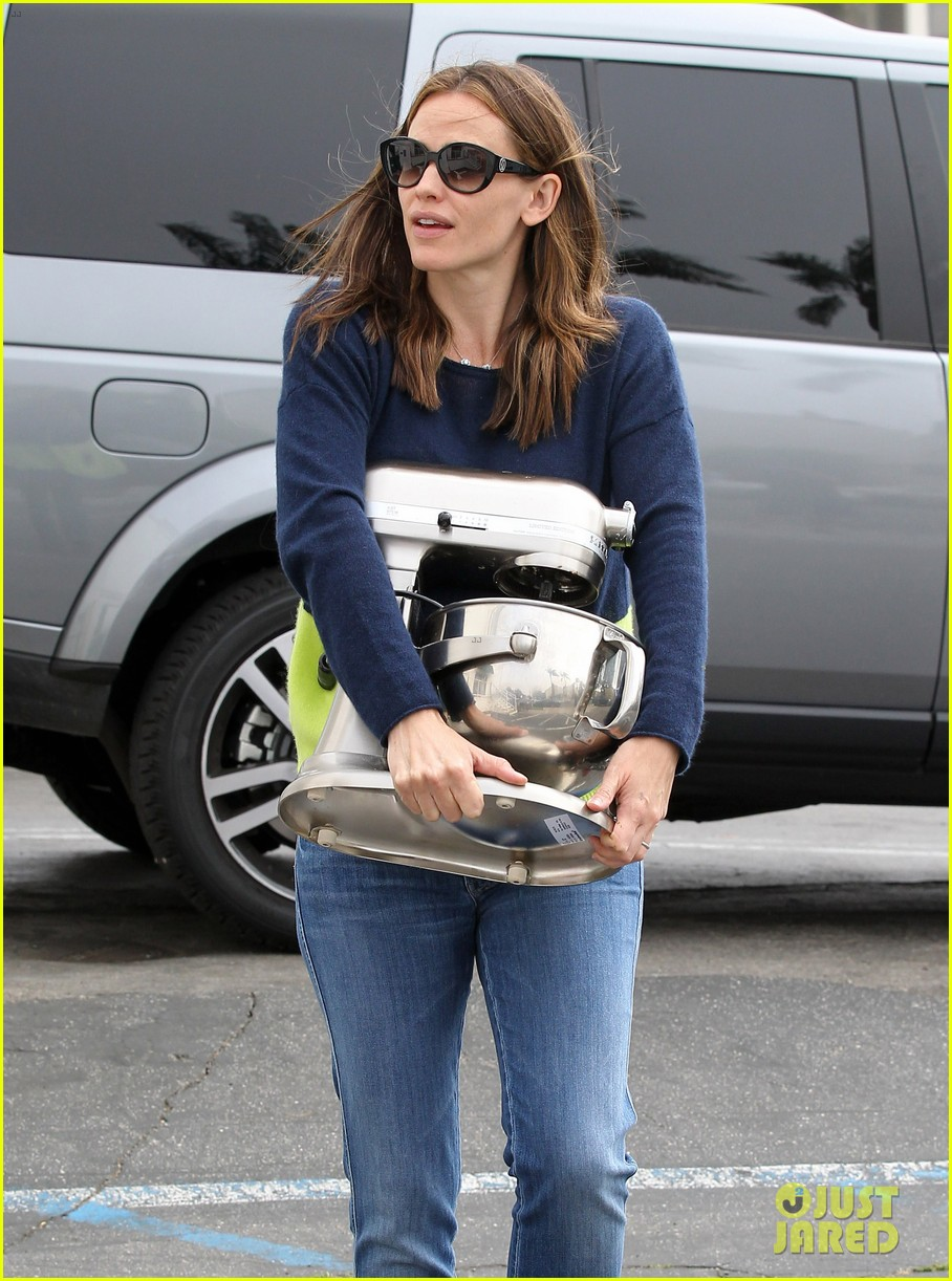 jennifer garner ben affleck weekend shopping with the girls 432855061