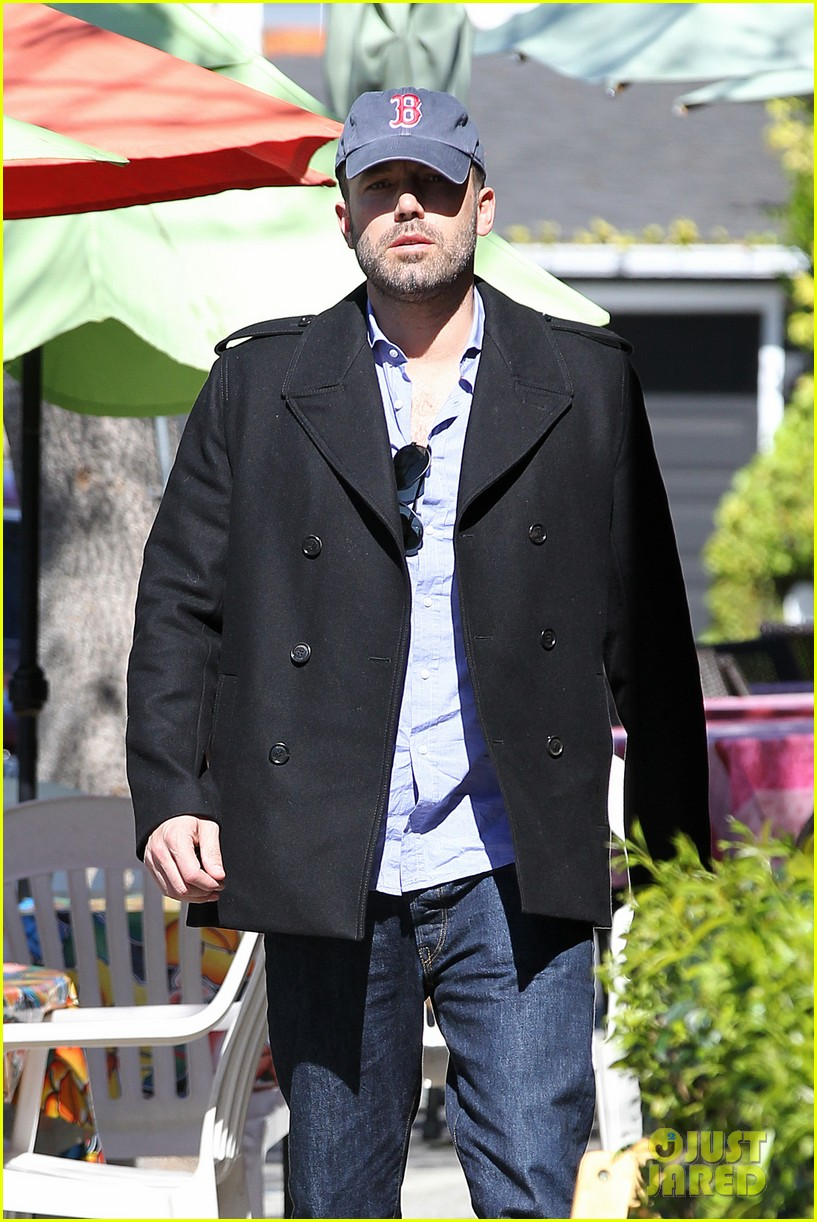 jennifer garner ben affleck kissing couple 042847647